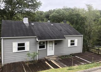 Foreclosed Home in Charleston 25314 ASHWOOD RD - Property ID: 4420850106