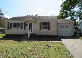 Foreclosed Home in Saint Louis 63137 GRENSHAW DR - Property ID: 4420879911