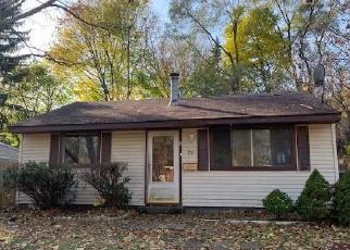 Foreclosed Home in Pontiac 48342 MONTEREY ST - Property ID: 4420955223