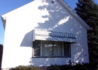 Foreclosed Home in Menominee 49858 13TH AVE - Property ID: 4420990263