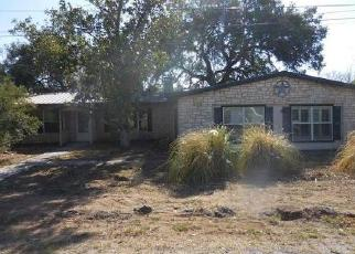 Foreclosed Home in Kingsland 78639 MOUNTAIN VIEW RD - Property ID: 4421015226