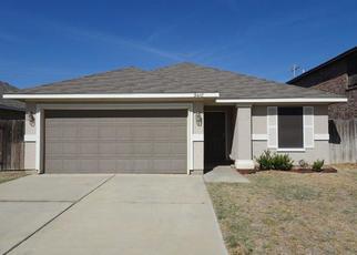 Foreclosed Home in Laredo 78046 ARMANDO PENA DR - Property ID: 4421065157