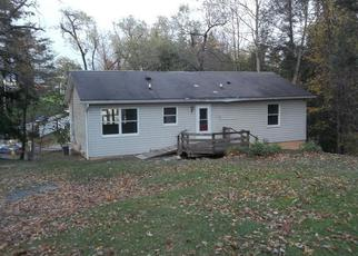 Foreclosed Home in Morgantown 26505 CHARLES AVE - Property ID: 4421093633