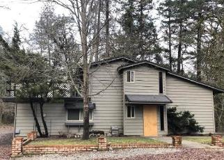 Foreclosed Home in Grants Pass 97526 RED MOUNTAIN DR - Property ID: 4421158901