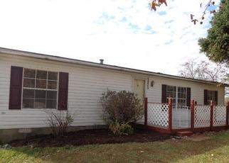 Foreclosed Home in Pekin 47165 E PRIDDY RD - Property ID: 4421179922