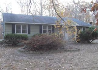Foreclosed Home in Greensboro 21639 SANDY POINT RD - Property ID: 4421241672