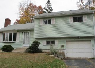Foreclosed Home in Enfield 06082 SHERIDAN RD - Property ID: 4421346789
