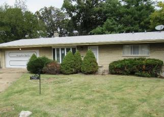 Foreclosed Home in Saint Louis 63121 NACOMIS DR - Property ID: 4421350729