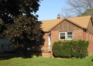 Foreclosed Home in Buffalo 14218 S SHORE BLVD - Property ID: 4421351148