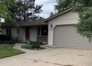 Foreclosed Home in Brookings 57006 CALUMET RD - Property ID: 4421377887