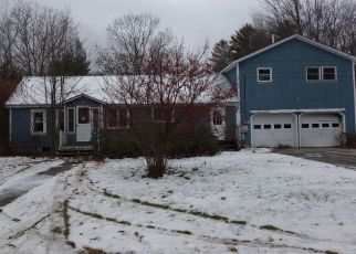 Foreclosed Home in Norway 04268 WOODLAND DR - Property ID: 4421462402