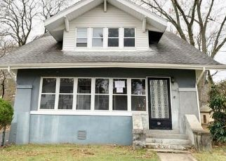 Foreclosed Home in New Britain 06052 LAKEVIEW AVE - Property ID: 4421527213