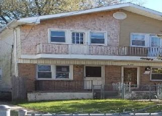 Foreclosed Home in Staten Island 10303 MORNINGSTAR RD - Property ID: 4421528989