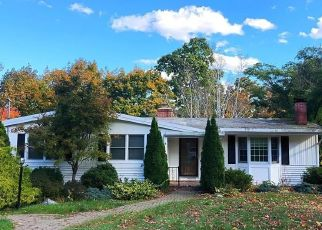 Foreclosed Home in West Hartford 06107 TERRACE RD - Property ID: 4421544303