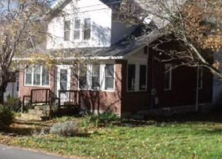 Foreclosed Home in Frostburg 21532 PINEY MOUNTAIN RD SW - Property ID: 4421567971