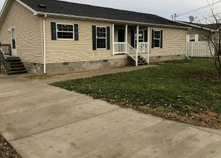 Foreclosed Home in Millwood 25262 DANDELION DR - Property ID: 4421648993