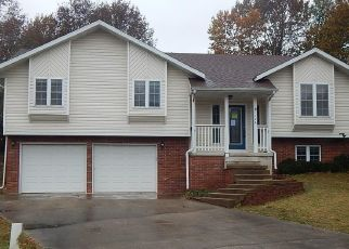 Foreclosed Home in Waynesville 65583 BAILEY RENEE CT - Property ID: 4421669116