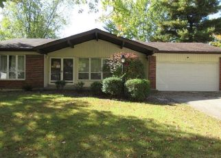 Foreclosed Home in Florissant 63034 FOX MANOR DR - Property ID: 4421679647