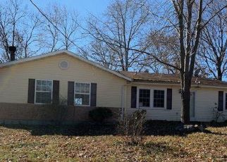 Foreclosed Home in Warsaw 65355 VALLEY RD - Property ID: 4421690594