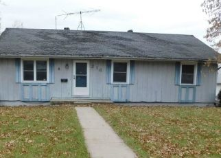 Foreclosed Home in Cameron 64429 S NETTLETON ST - Property ID: 4421698924