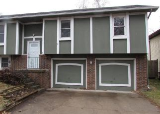 Foreclosed Home in Kansas City 66111 TRANT ST - Property ID: 4421710742