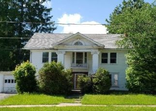 Foreclosed Home in Stamford 12167 W END AVE - Property ID: 4421876735