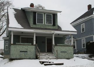 Foreclosed Home in Bangor 04401 CUMBERLAND ST - Property ID: 4421905634