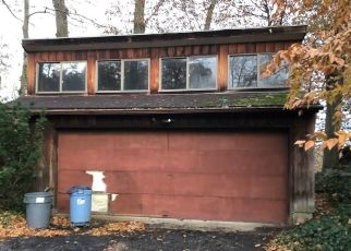 Foreclosed Home in Stamford 06906 GREENFIELD RD - Property ID: 4421918780