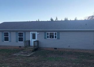 Foreclosed Home in Evington 24550 DEARBORN RD - Property ID: 4421998487