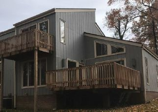 Foreclosed Home in Daniels 25832 DOGWOOD CT - Property ID: 4422025191