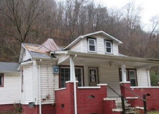 Foreclosed Home in Pikeville 41501 RED CREEK RD - Property ID: 4422031330