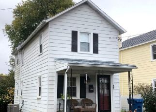 Foreclosed Home in Berryville 22611 PAGE ST - Property ID: 4422051476