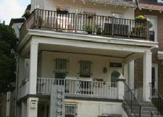 Foreclosed Home in Washington 20002 A ST NE - Property ID: 4422057161