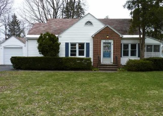 Foreclosed Home in Syracuse 13214 RADCLIFFE RD - Property ID: 4422067241