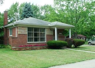 Foreclosed Home in Redford 48239 SIOUX - Property ID: 4422160985