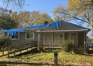 Foreclosed Home in Inkster 48141 ROSEWOOD ST - Property ID: 4422166672