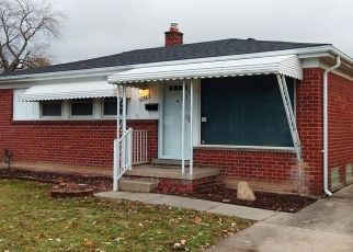 Foreclosed Home in Westland 48186 LESLIE ST - Property ID: 4422179364