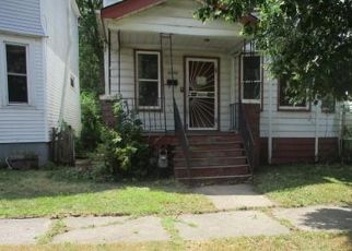 Foreclosed Home in Detroit 48213 FISCHER ST - Property ID: 4422180685