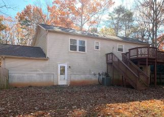 Foreclosed Home in Spotsylvania 22551 FLANK MARCH LN - Property ID: 4422274405