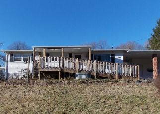 Foreclosed Home in Marion 24354 SCRATCH GRAVEL RD - Property ID: 4422300693
