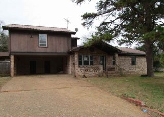 Foreclosed Home in Marshall 75670 DECATUR ST - Property ID: 4422332210