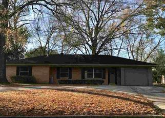 Foreclosed Home in Longview 75601 MEADOWBROOK DR - Property ID: 4422334410