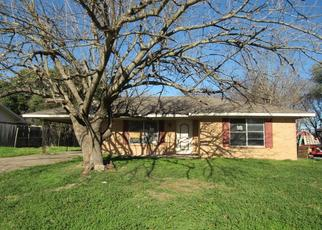 Foreclosed Home in Mexia 76667 CRESTLINE DR - Property ID: 4422341417