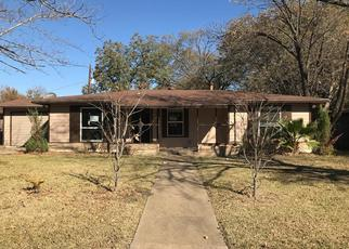 Foreclosed Home in Haltom City 76117 MALLORY DR - Property ID: 4422343160