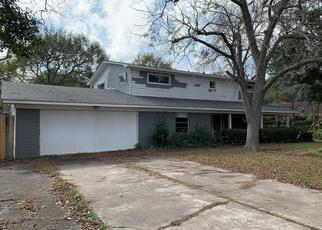 Foreclosed Home in Bay City 77414 AUSTIN ST - Property ID: 4422361567