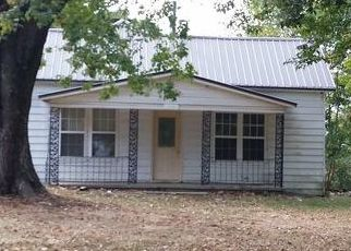 Foreclosed Home in Sweetwater 37874 CARTER ST - Property ID: 4422382593