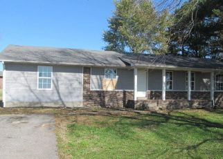 Foreclosed Home in Lawrenceburg 38464 NORTON RD - Property ID: 4422389148