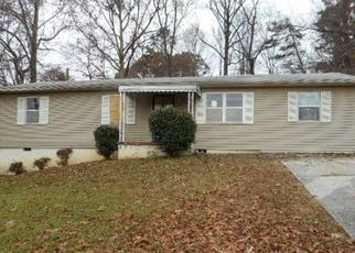 Foreclosed Home in Knoxville 37918 MILROY LN - Property ID: 4422399222