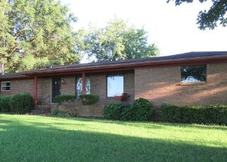Foreclosed Home in South Fulton 38257 W STATE LINE ST - Property ID: 4422407554
