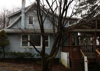 Foreclosed Home in Stanhope 07874 BROOKLYN RD - Property ID: 4422419825